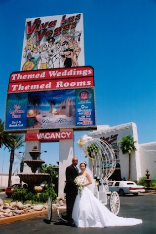 Viva Las Vegas Wedding Chapel Package Information