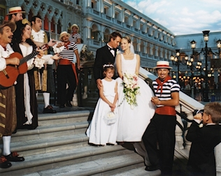 Venetian wedding packages for Venetian las vegas wedding photos